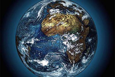 """""""Miejsce życia i człowieka w przyrodzie. Obrona tezy antropocentrycznej"""", Filozoficzne Aspekty Genezy 2015, t. 12, s. 209-254."""